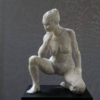 En hommage à Camille Claudel n°2, sculpture Plâtre numéroté de 1 à 8 par Juliette Trébuchet, artiste à Angers